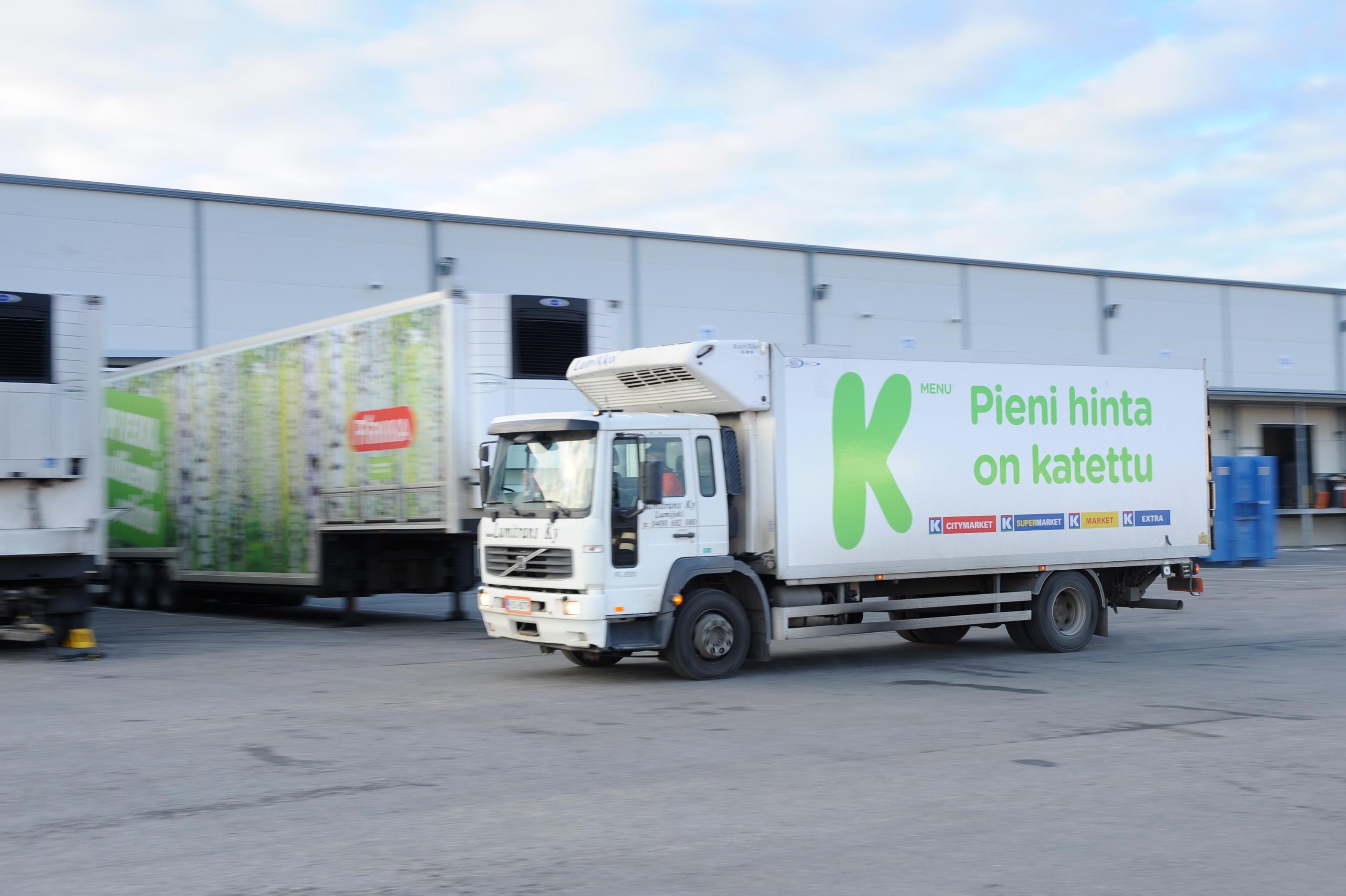 Sovelluskehittäjät group Kesko Logistics Truck